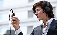 Listening-to-Music-on-Mobile