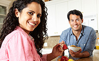 Hispanic-Couple-Eating
