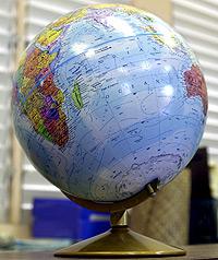Globe-BB4