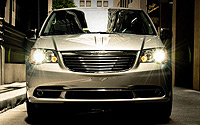 Chrysler-Town-and-Country-A